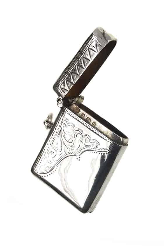 antiker-Silberanhänger-1608b