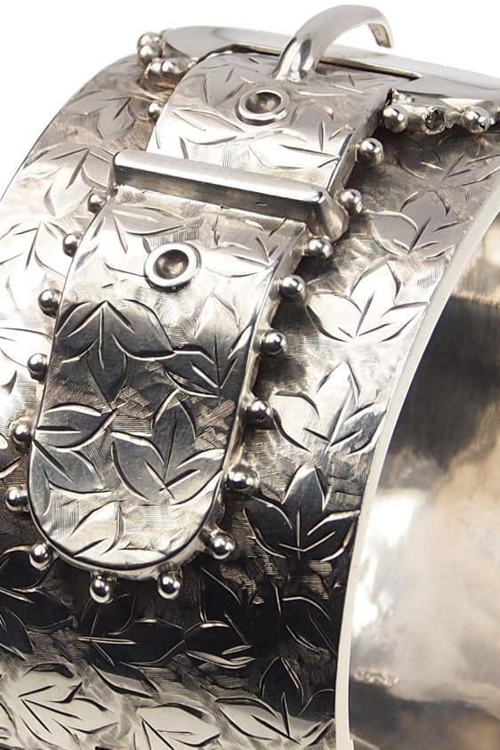 antiker-Silberarmreif-196b