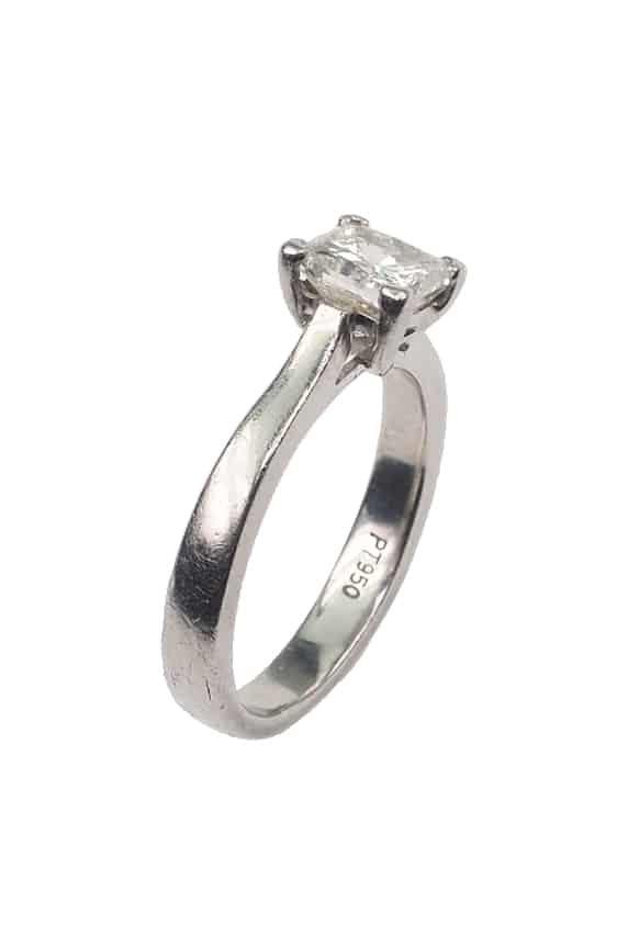 Antiker-Verlobungsring-2406b