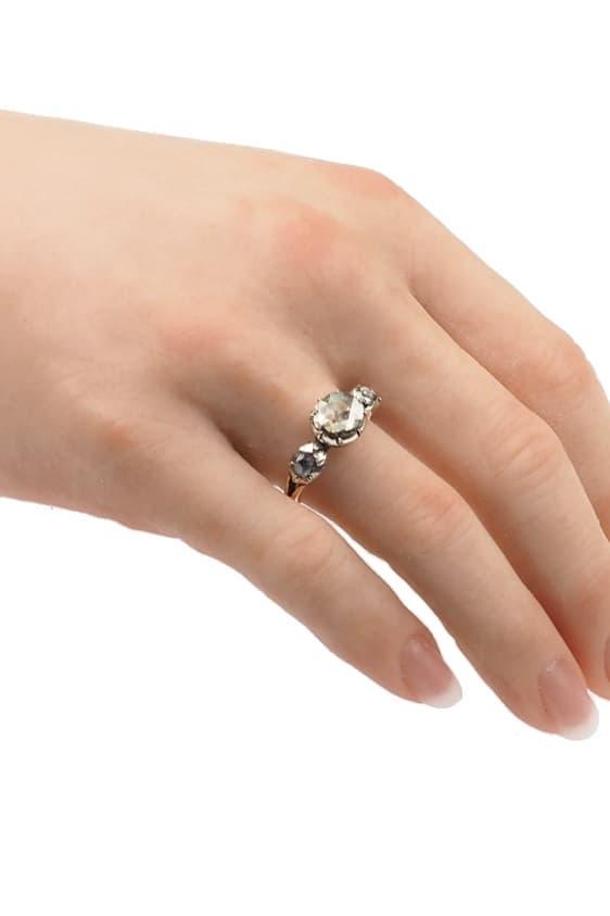 0699-Hand