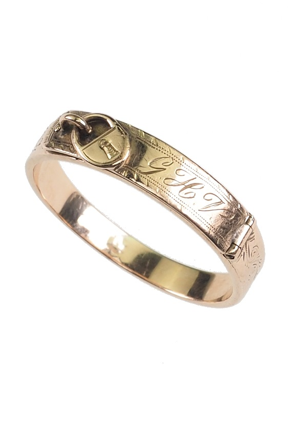 Ca 1880 Victorian English Men S Ring Made Of Hand Engraved Gold With Hair Insert Behind A Compartment Antique Jewellery Berlin Engagement Rings Wedding Bands